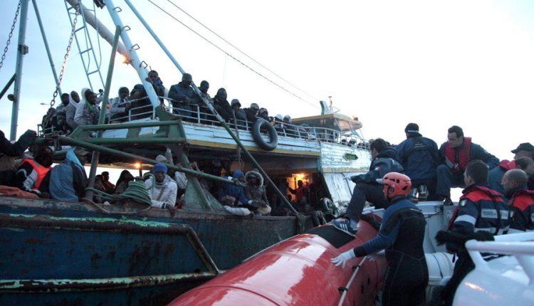 Salvataggio migranti in mare