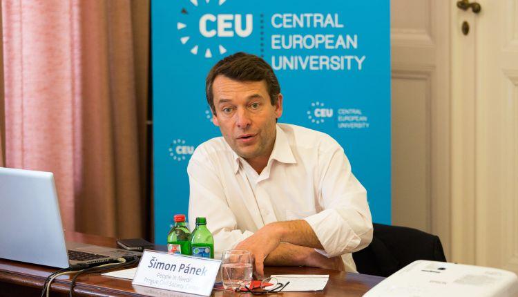 Simon Panek (People in Need): «Ong usate per canalizzare paura dei migranti»
