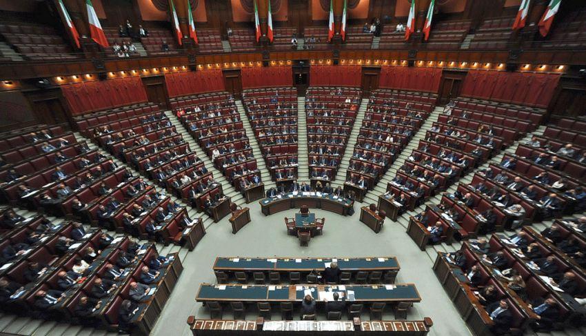 elezioni i programmi dei partiti candidati alle politiche
