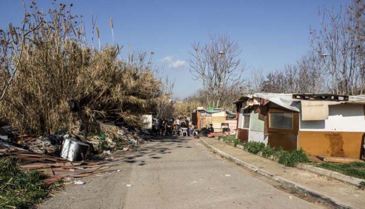 Un altro campo rom