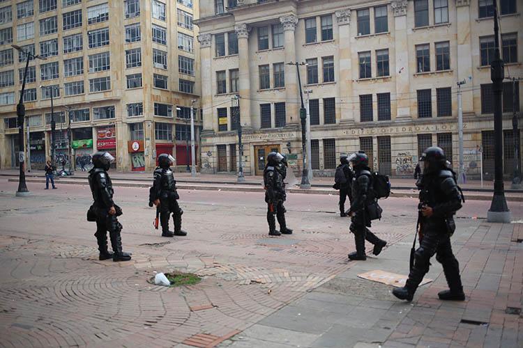 ESMAD, per strada a Bogotà, Copyright: Samuel Bregolin