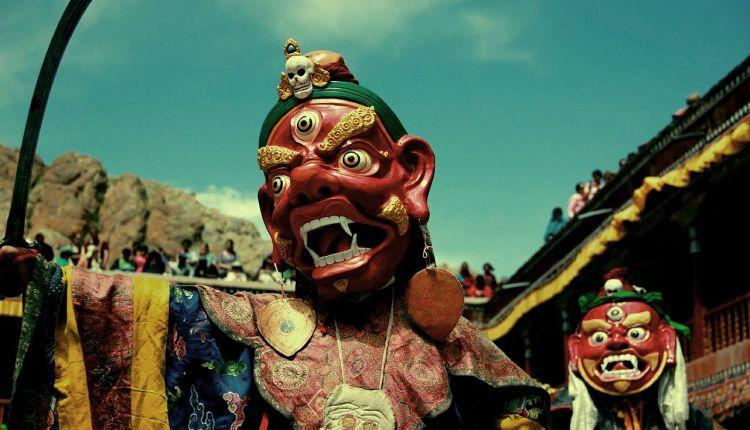 tibet lingua ufficiale
