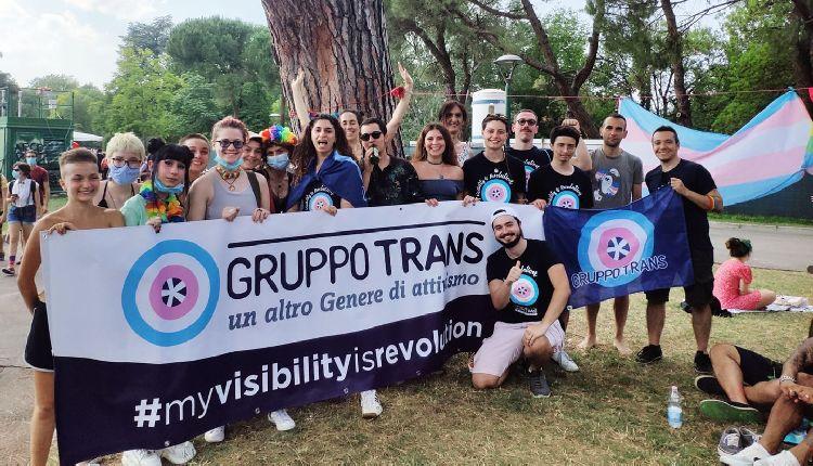 terapia ormonale transgender italia