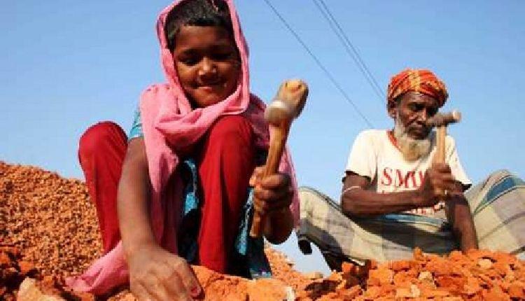 india bambini sfruttati