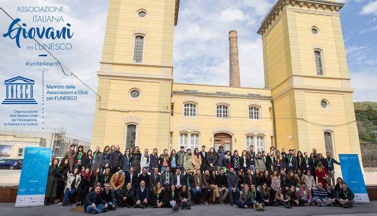 giovani e futuro in italia