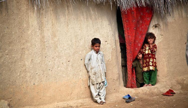 bambini afghanistan guerra